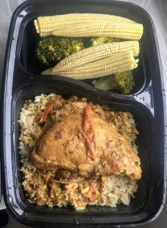 Brown rice, broccoli, baby corn and grilled chicken